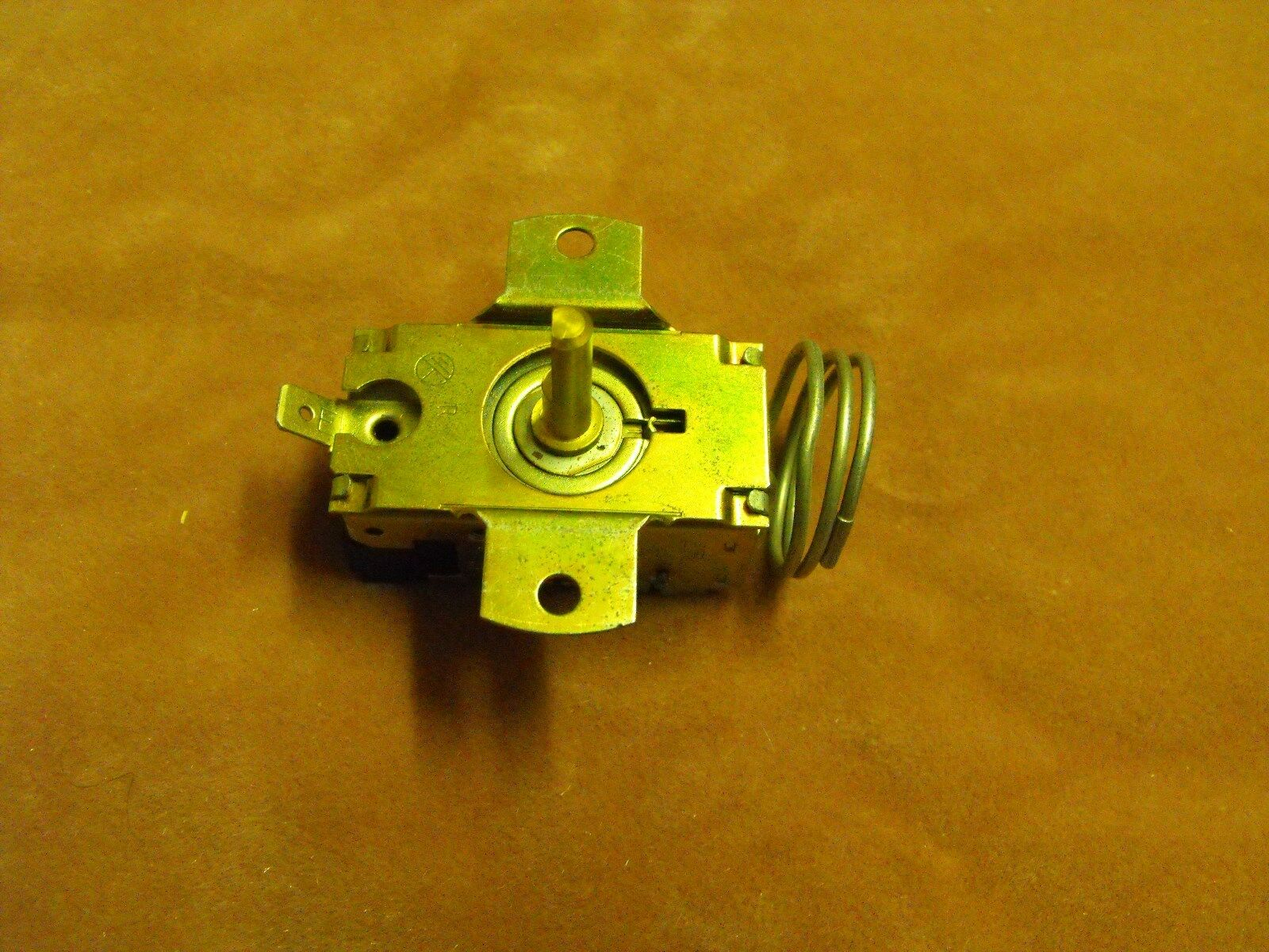 1429645: Fisher & Paykel N500B Frost Free Refrigerator Thermostat GENUINE