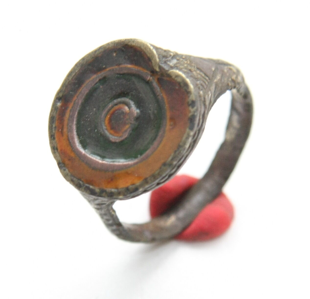 Ancient Bronze Ornament Finger Ring With Enamel (NBW)
