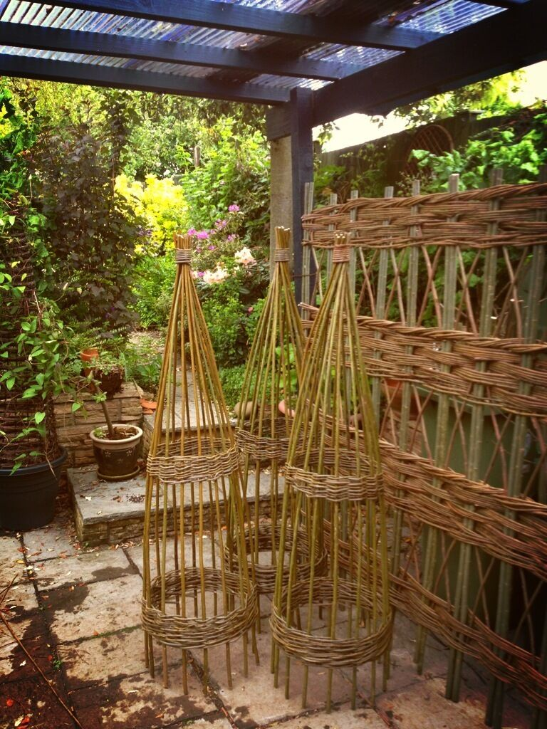 PACK OF 2 @1.5m Willow l Garden Obelisk for Climbing Plant Support ...