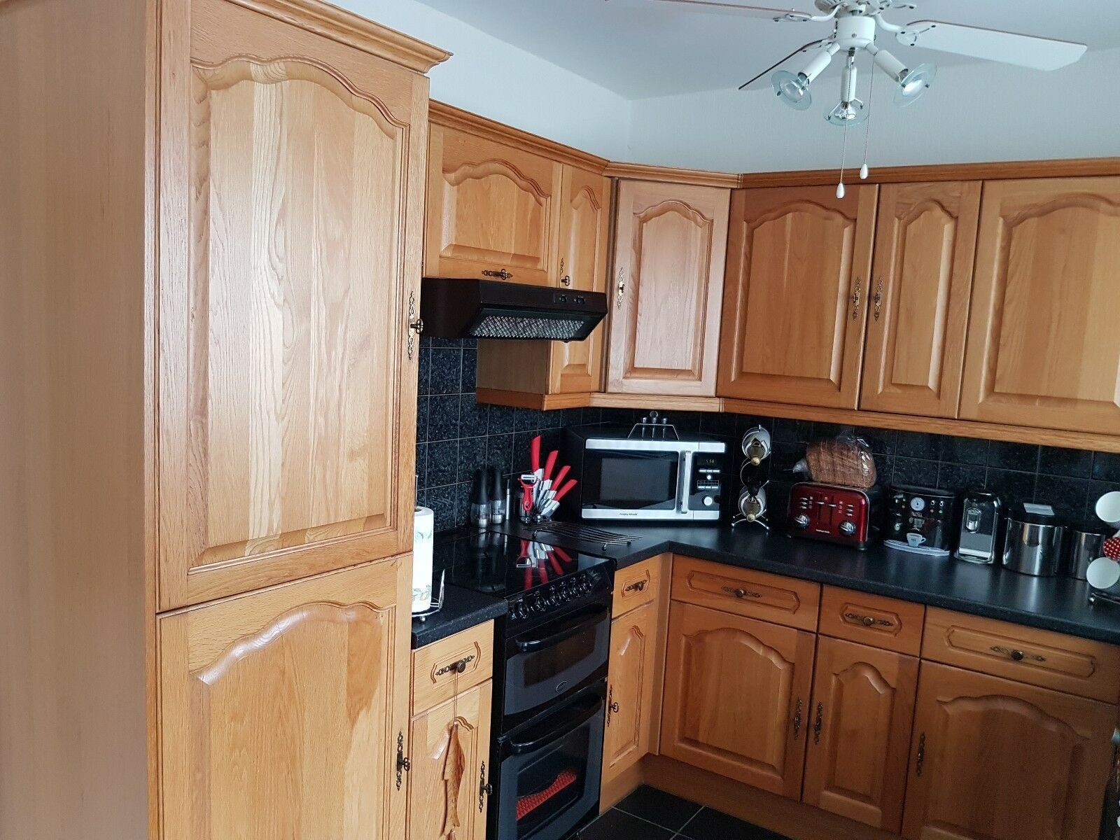 A solid oak complete fitted kitchen picclick uk for Oak fitted kitchen