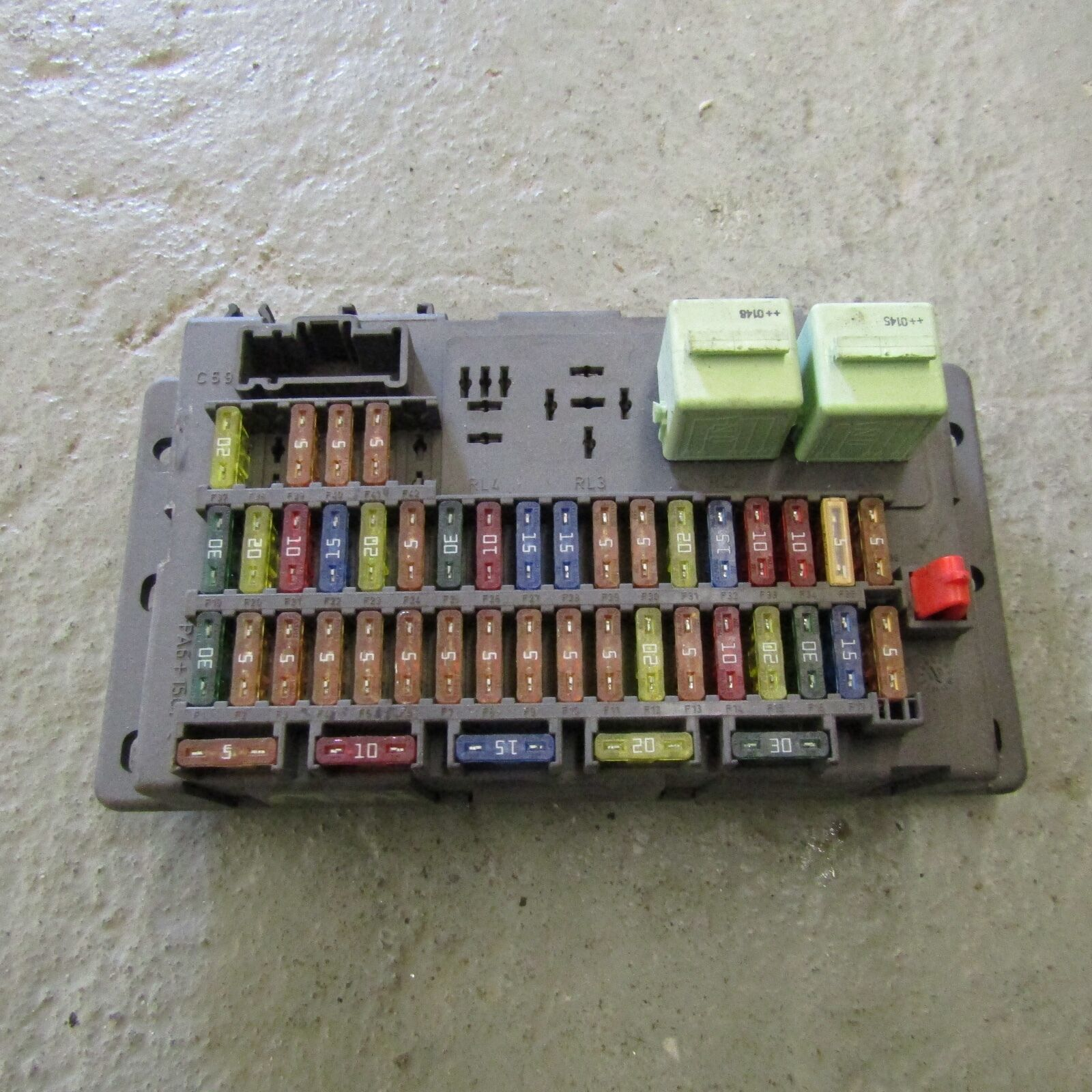 Bmw Mini One Cooper R50 R53 Under Dash Fuse Box 1509011 518030317 05 1 Of 3only 3 Available