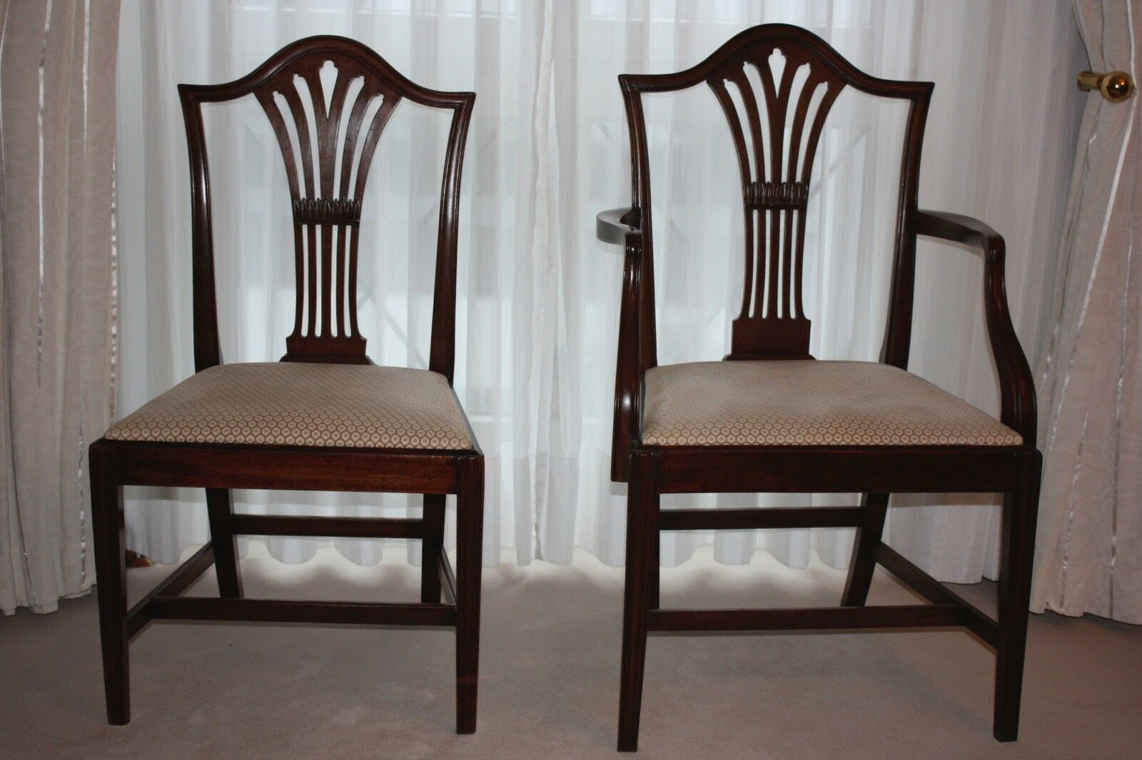 ANTIKE STUEHLE Hepplewhite ca. 1795 Mahogany, Dining Chairs ...