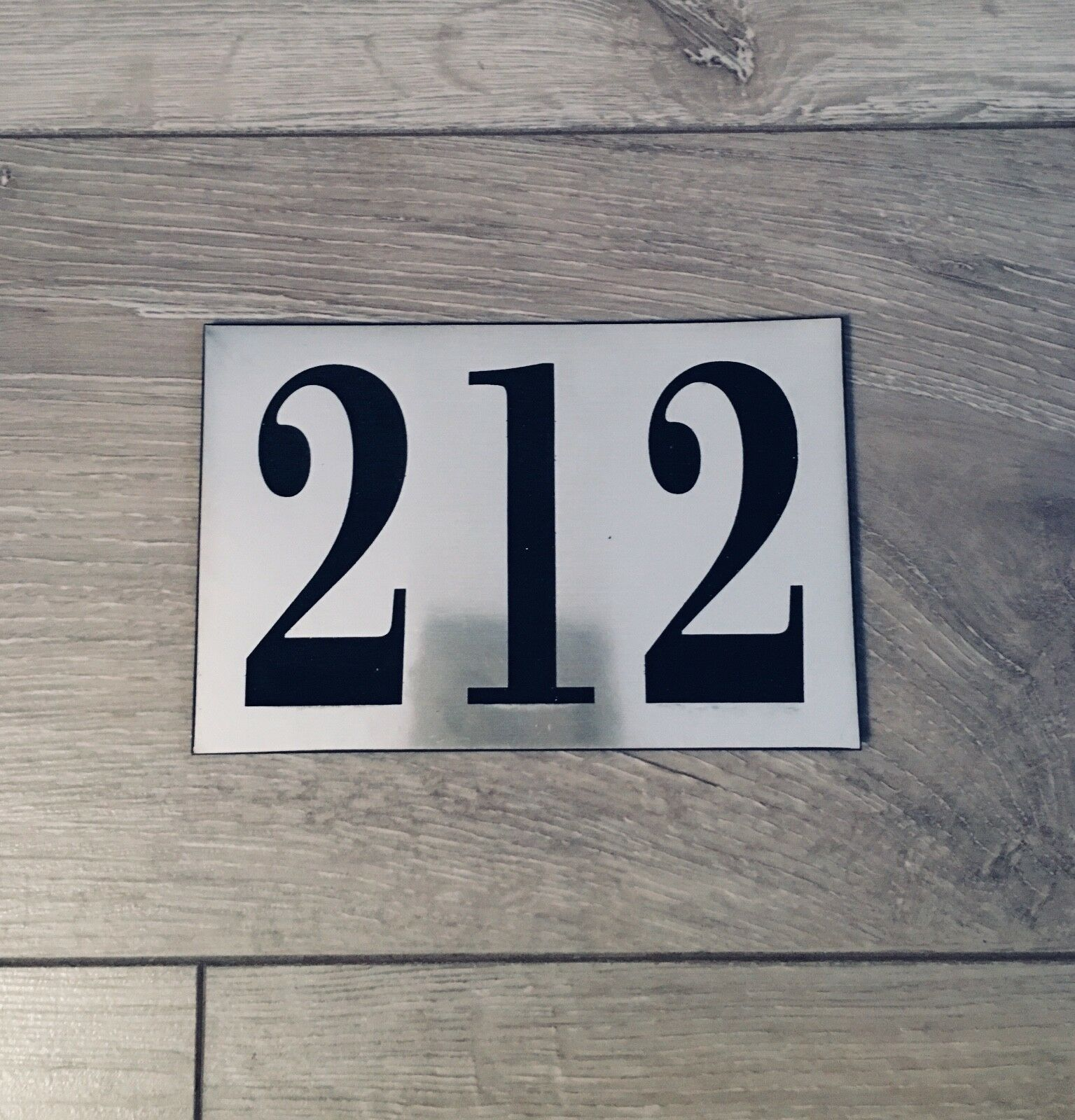 house number house name sign plaque door feature uk can be