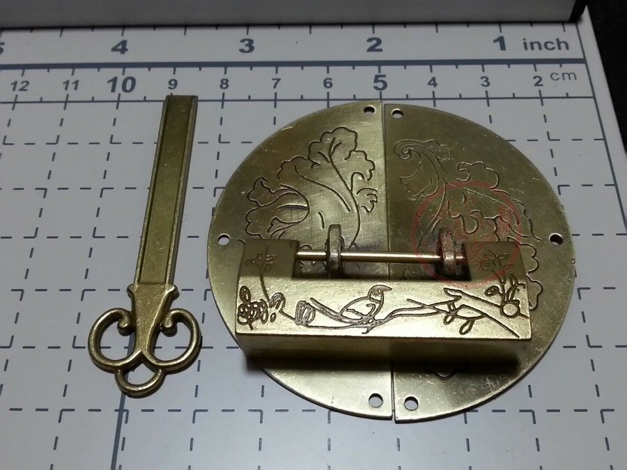 Chinese Old Excellent Carved Bird Flower Leaf Padlock & Round Lock Latch For Box