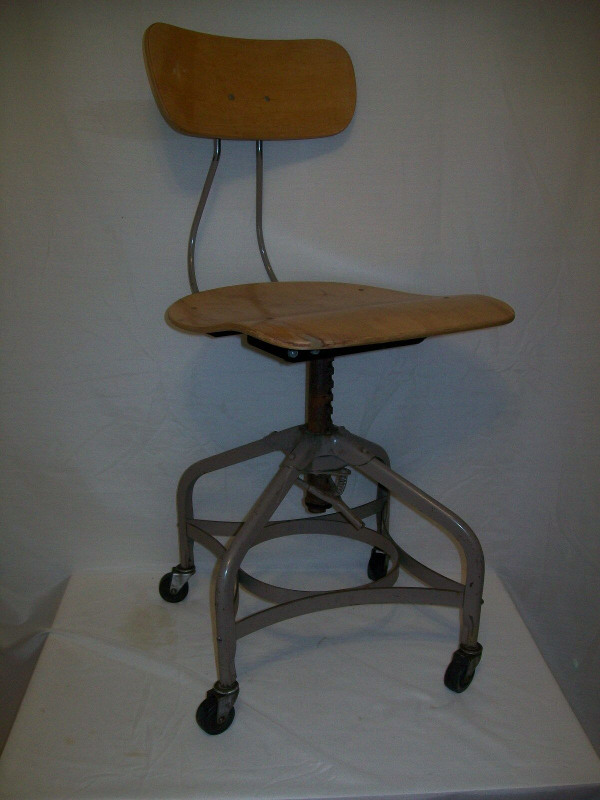 Nice Toledo Industrial / Uhl Industrial Chair For Drafting Or Assembly
