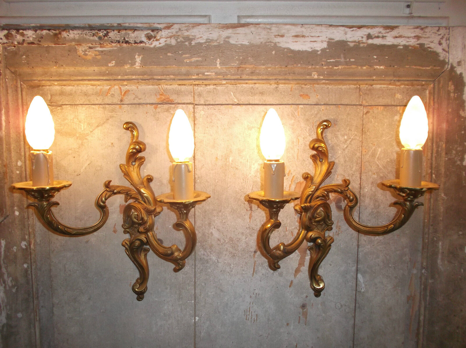French antique/vintage a pair of amazing ornate bronze  gorgeous wall light