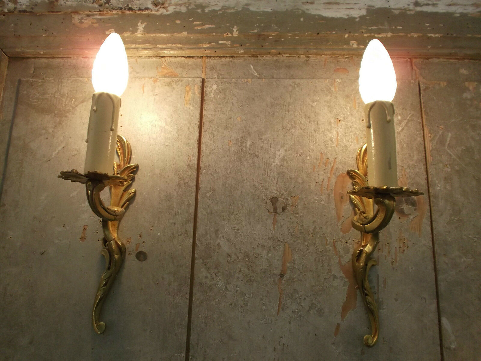 French a pair of  gorgeous antique wall light bronze gold patina