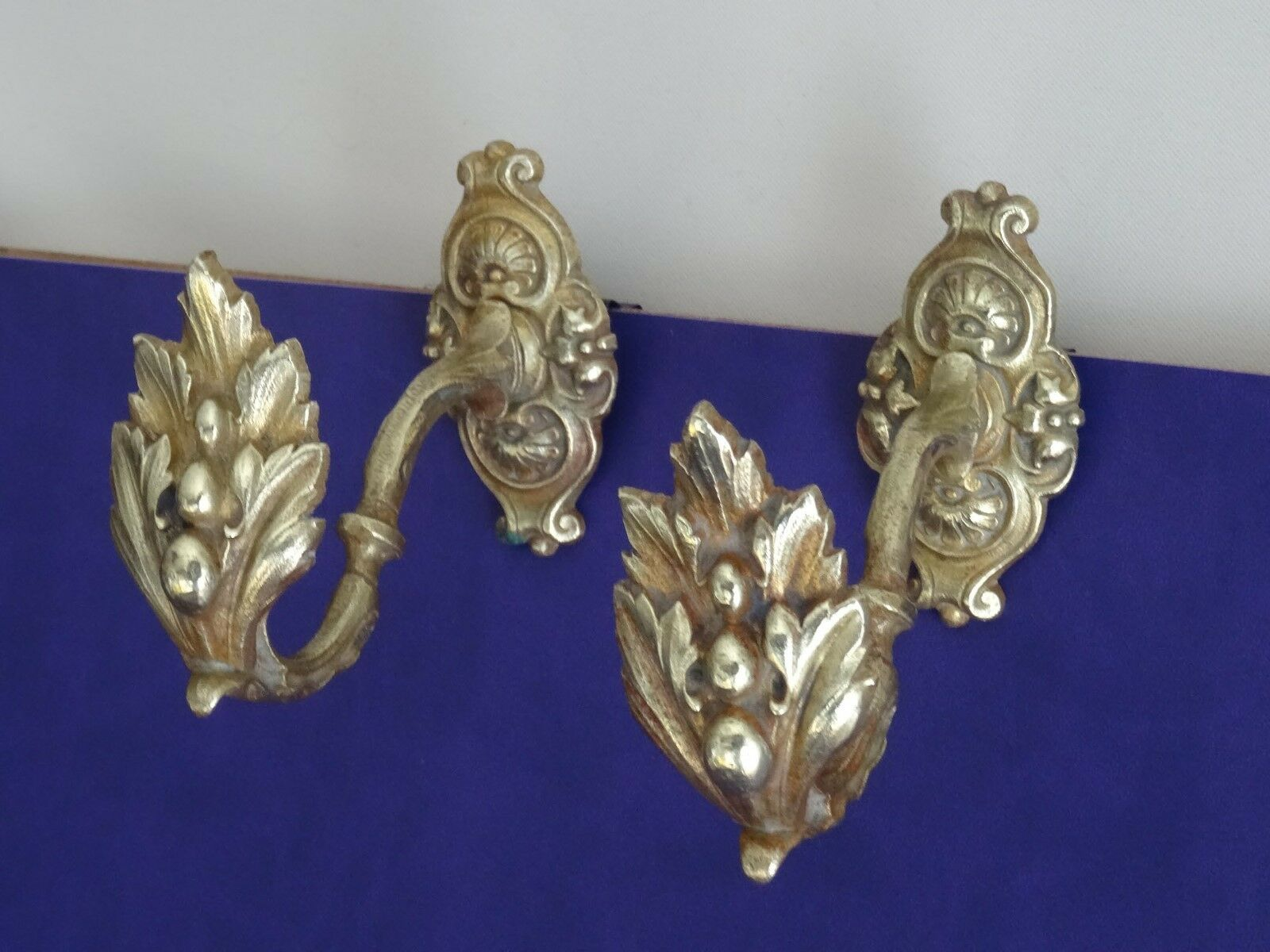 French Antique Brass Curtain Tie-Backs/Hooks – Vintage Hardware