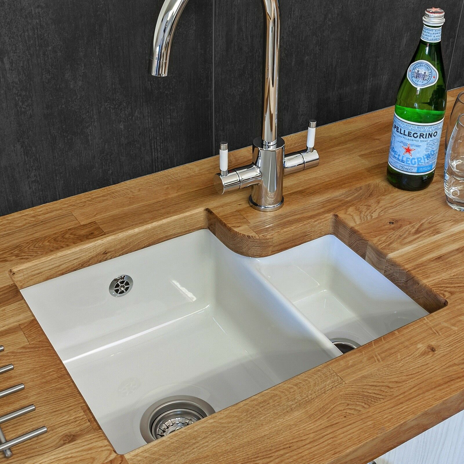 Reginox Tuscany 1 5 Kitchen Sink Bowl White Ceramic Undermount 600mm Waste Of 3only 2 Available