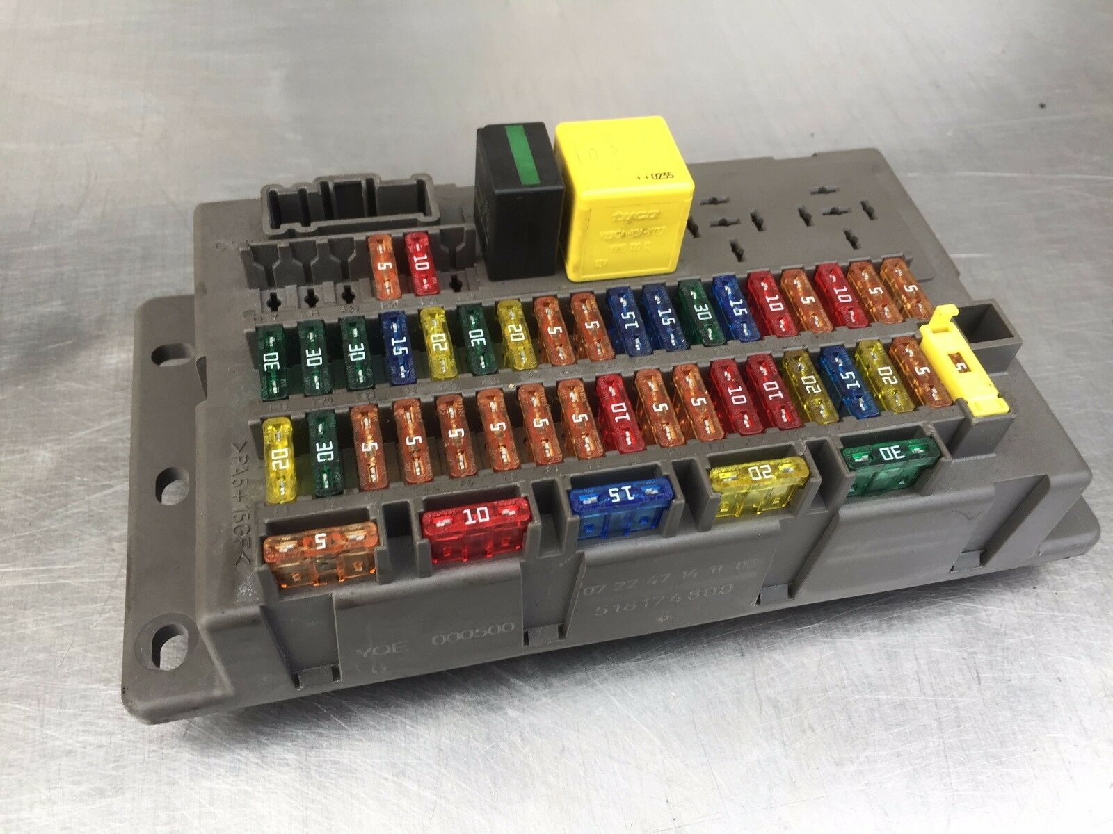 Genuine Rover 75 & Mg Zt 99-05 Interior Fuse Box Yqe000500 1 of 3Only 1  available ...