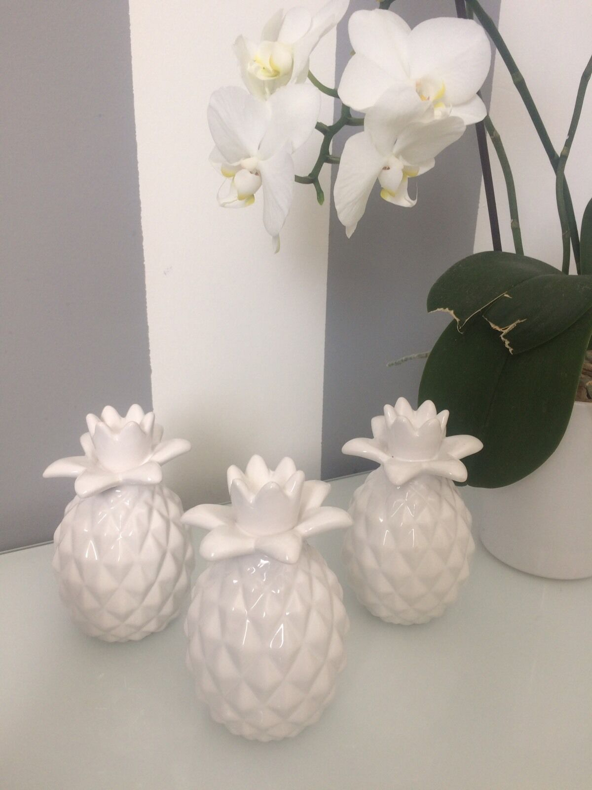 Set of 3 white modern contemporary white pineapple for Contemporary ornaments for the home