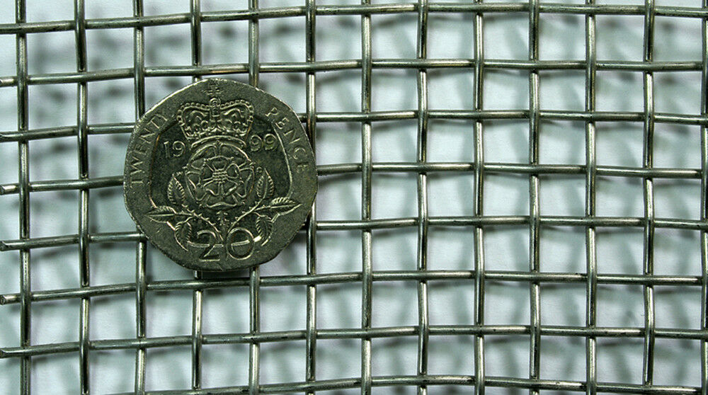 STAINLESS STEEL 304 Woven Mesh 4 Mesh 0.90mm Wire 1m x 1.22m ...