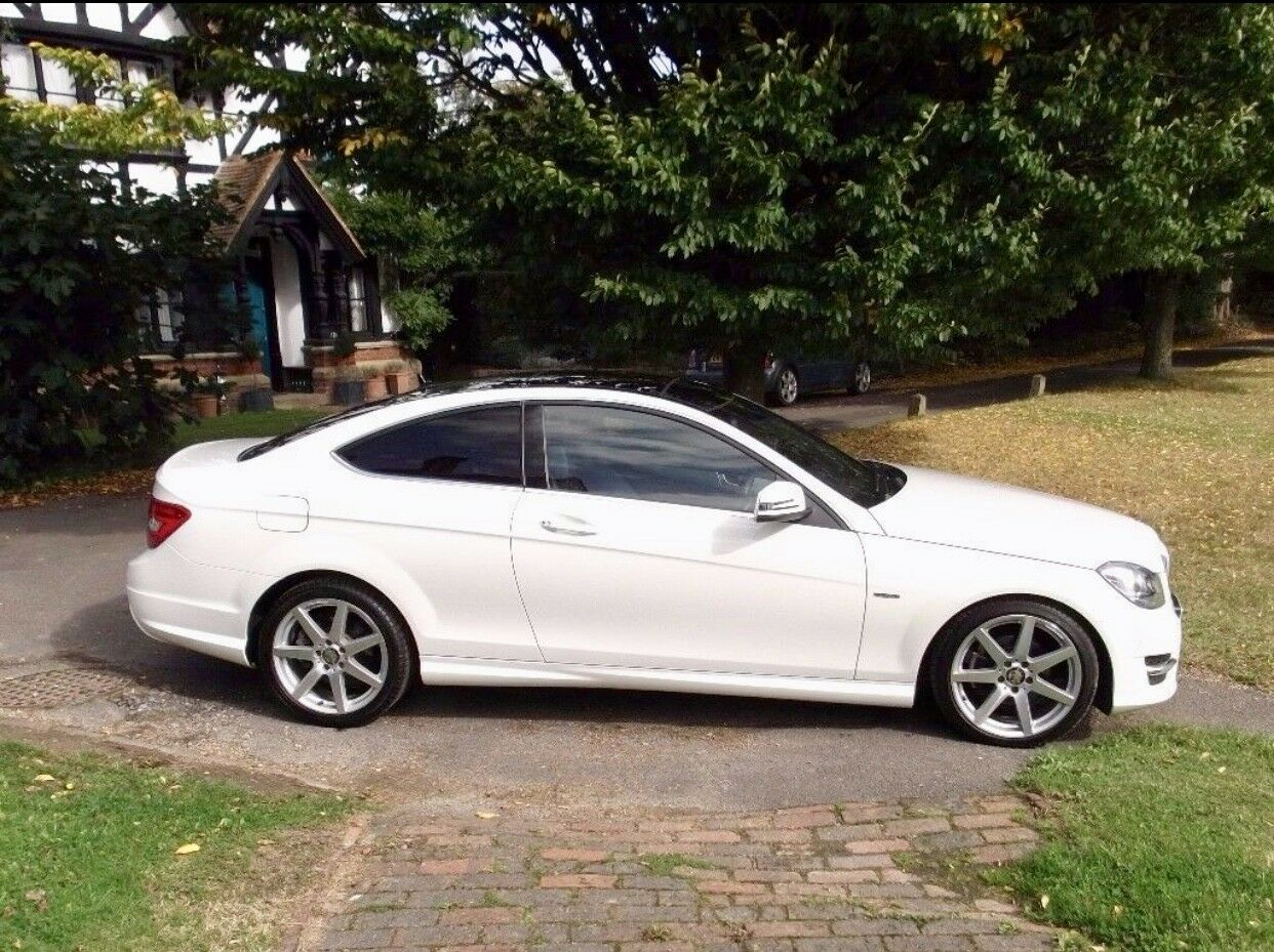 mercedes benz c class coupe white c250 cdi amg sport 125 edition huge spec mint 12. Black Bedroom Furniture Sets. Home Design Ideas