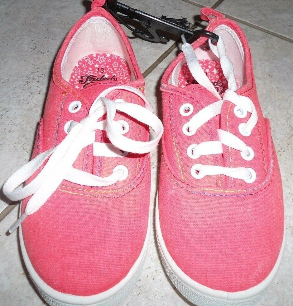 GIRLS  PINK SNEAKERs sport casual lace up Faded glory size 13 shoes ... 668bcd1ae