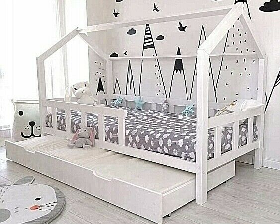 kinderbett mit sicherheitbarrieren kinderhaus hausbett 90x200 bettkasten weiss eur 369 00. Black Bedroom Furniture Sets. Home Design Ideas
