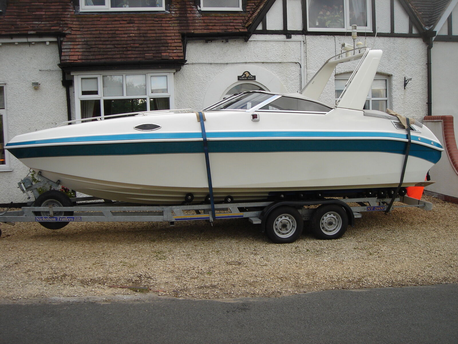 Aquatron 2350sc Offshore Power Speed Boat Mercruiser 74ltr Bayliner Capri Volvo Penta Fuel Filter Location 1 Of 12 See More