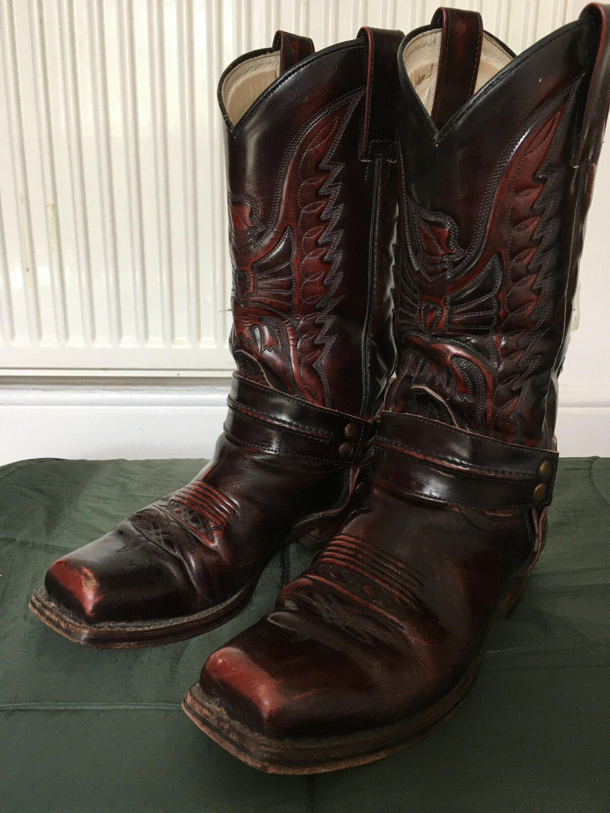 8c1f18481dd Sendra Harness / Cowboy Boots Size 9.5 / 10 UK, very good condition • £72.00