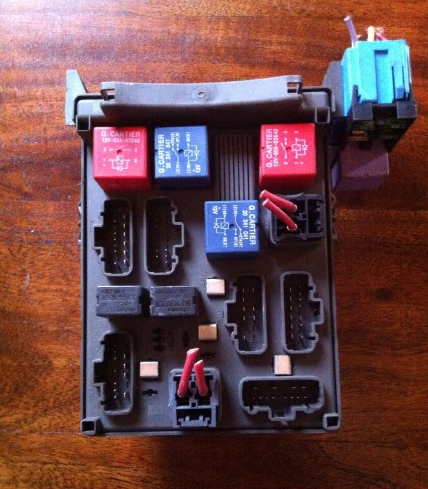 Renault Laguna 1,9 Dci Interior Fuse Box 518095401 1 of 3FREE Shipping ...