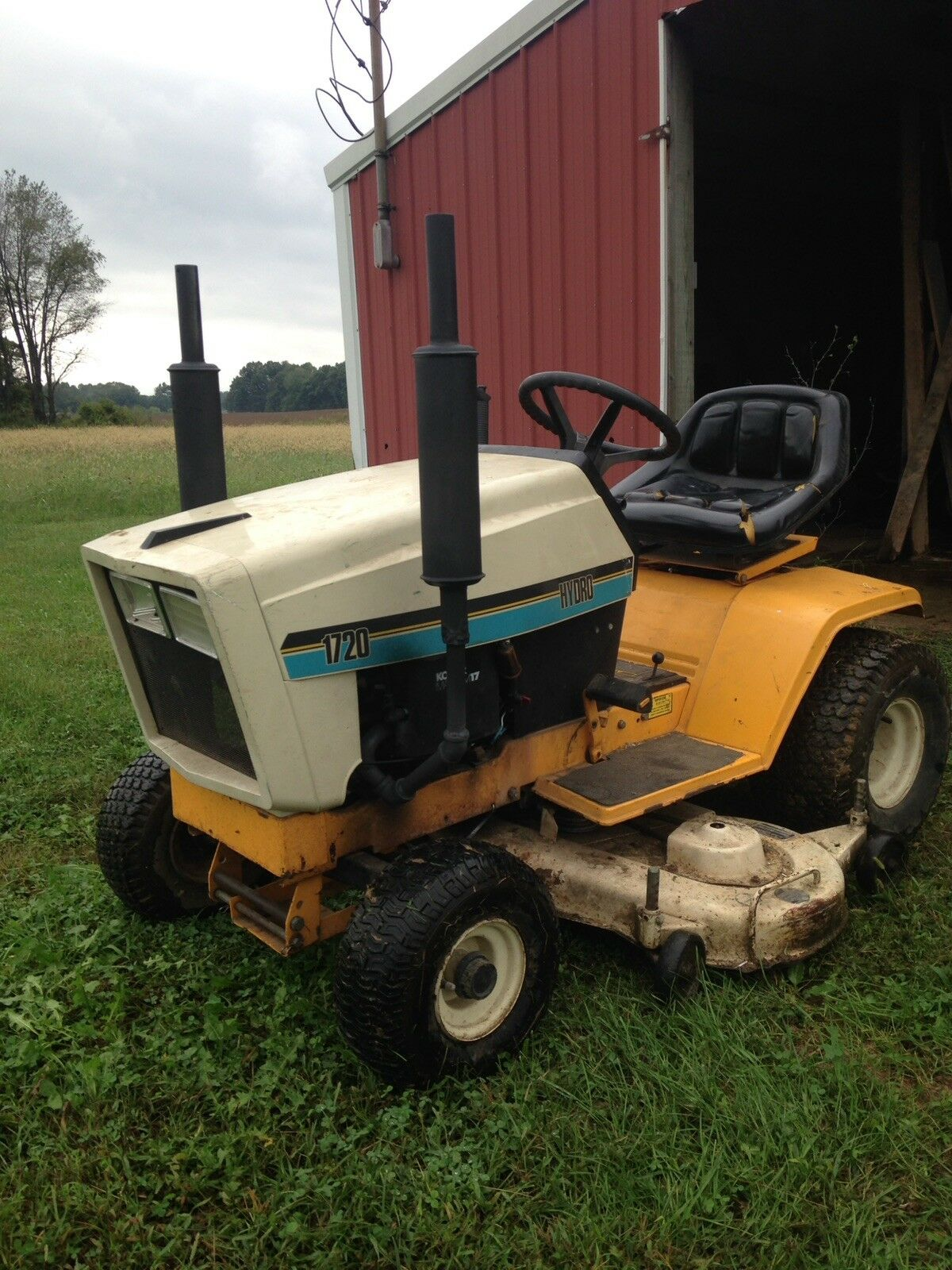 Cub Cadet 1720 Riding Mower Garden Tractor 1 of 6 See More