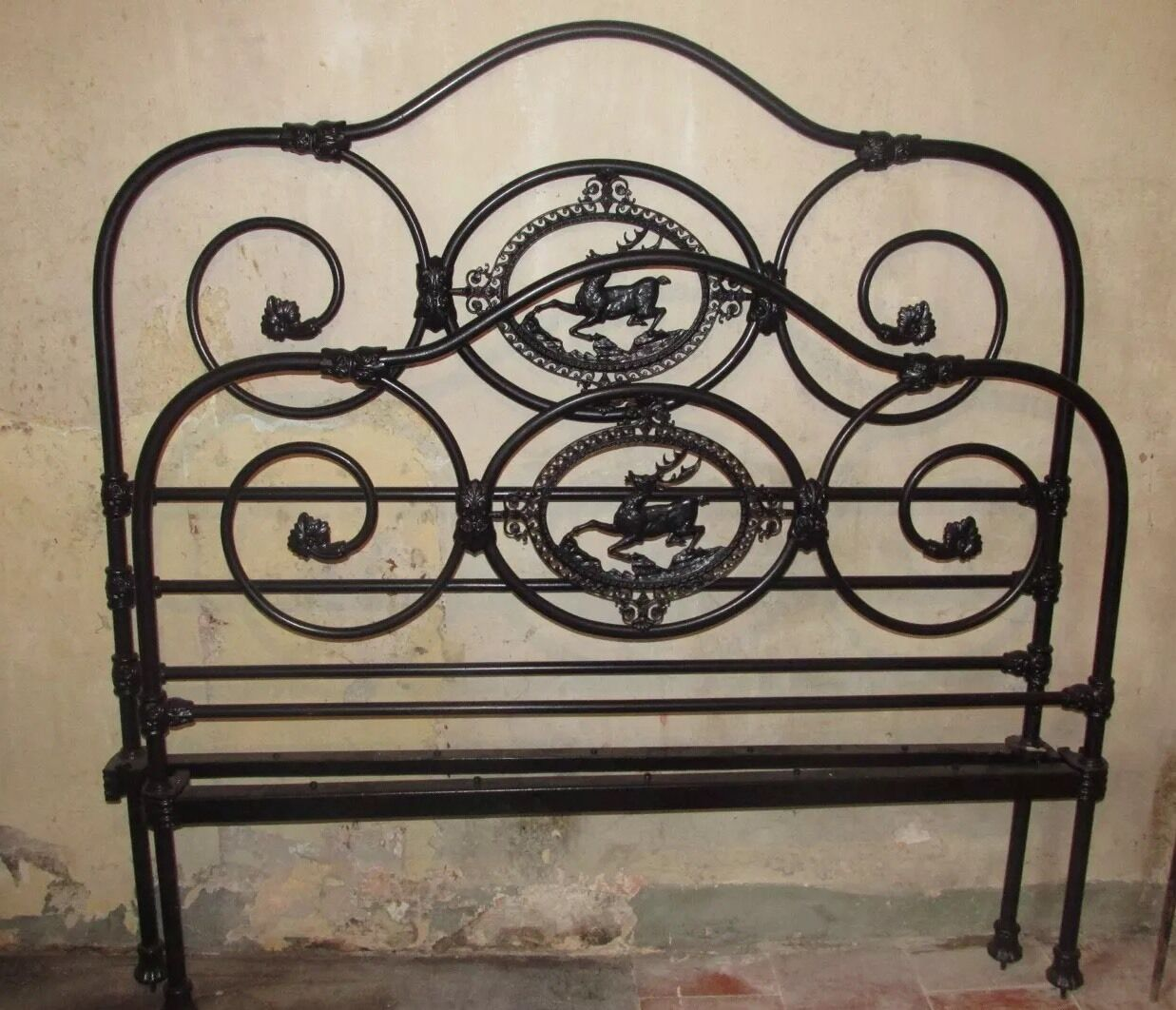 Antique Iron Bed Vintage Stag Bedstead 4ft 6 Inches Double