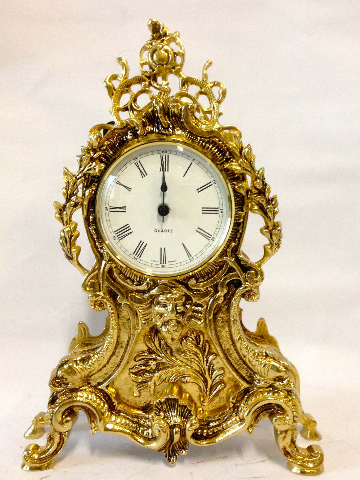Mantel clock BRASS TABLE CLOCK pendule ANTIQUE BAROQUE GOLD French mantel clock