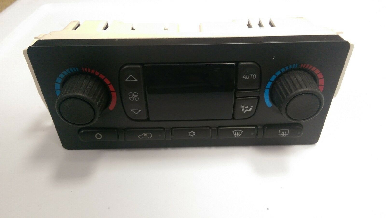 service manual  remove climate control s from a 2004 gmc
