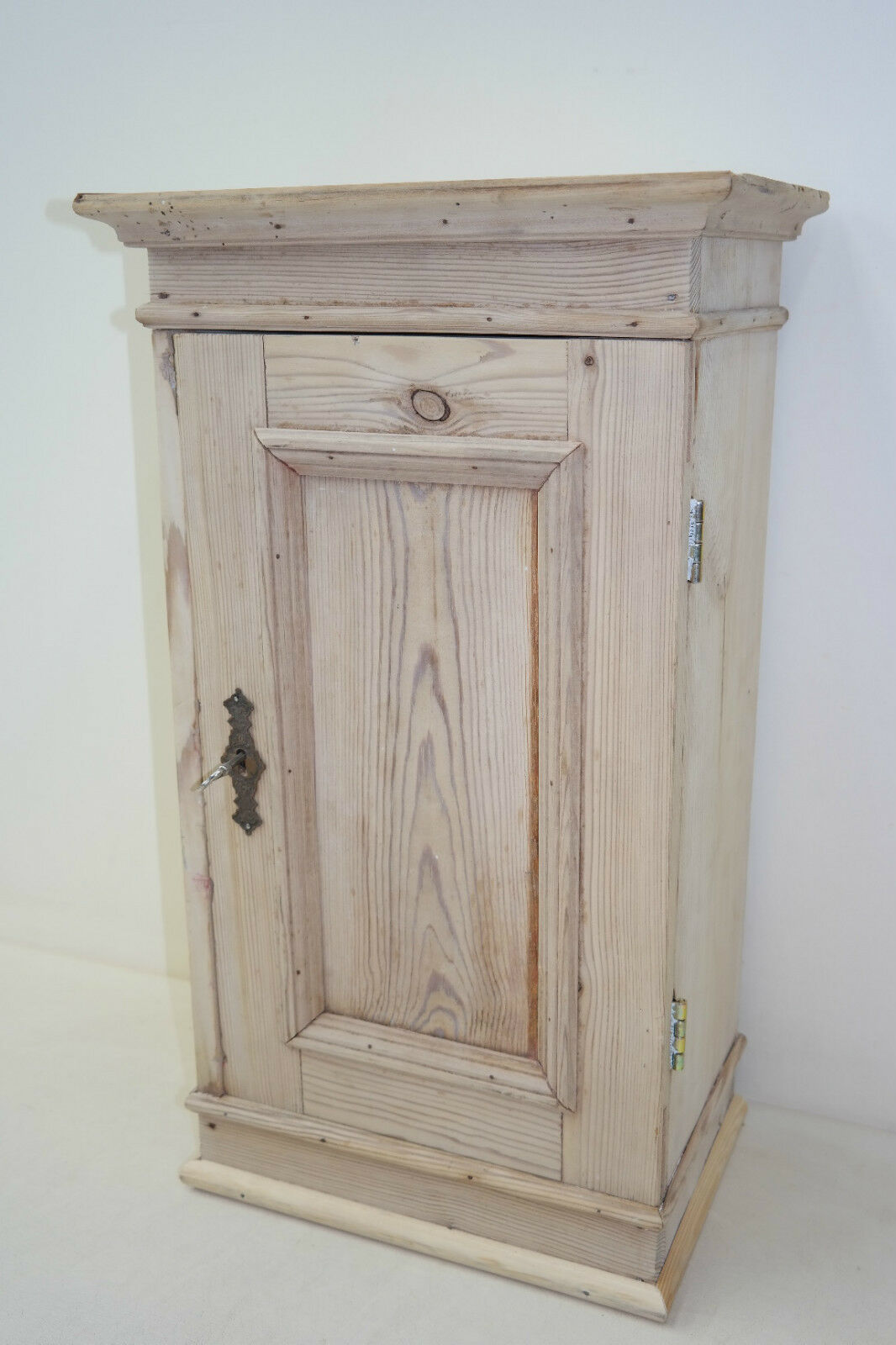 old wooden cabinet, Wall Kitchen cabinet rustic, Farmhouse parlour, Hall closet