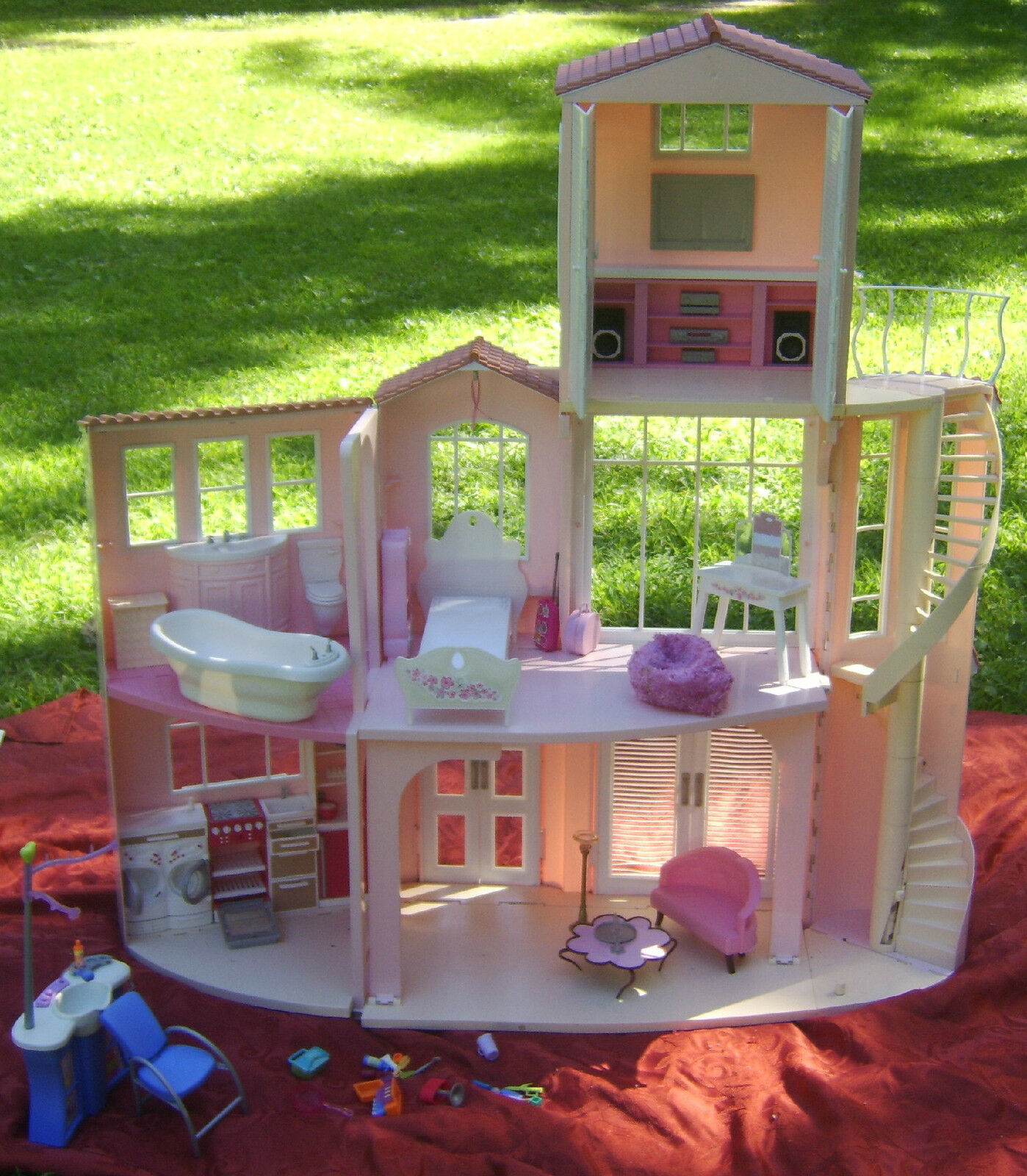Mattel 2006 barbie 3 story pink dream house with sounds for Dream house days furniture