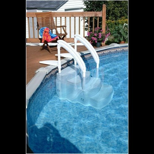 Swimming pool luxury walk in steps ladder for Walk in swimming pools