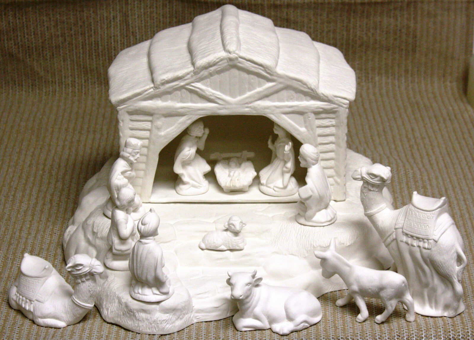 Ceramic bisque nativity scene and base scioto mold 403a d for Ceramic based paint
