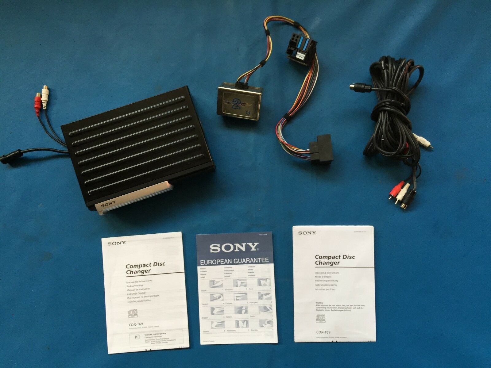 Sony Cdx T69 6 Disc Cd Changer With The Cassette And Wiring For Bmw M600 Diagram 1 Of 1only Available