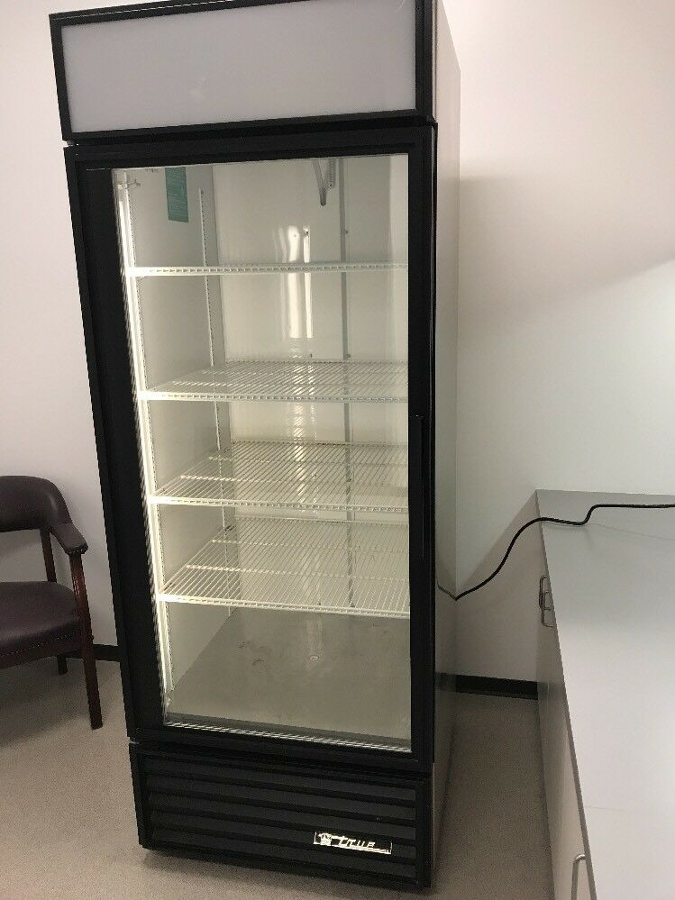 True GDM26 Commercial Single Glass Door Refrigerator Merchandiser FREE  SHIPPING 1 Of 3FREE Shipping ...