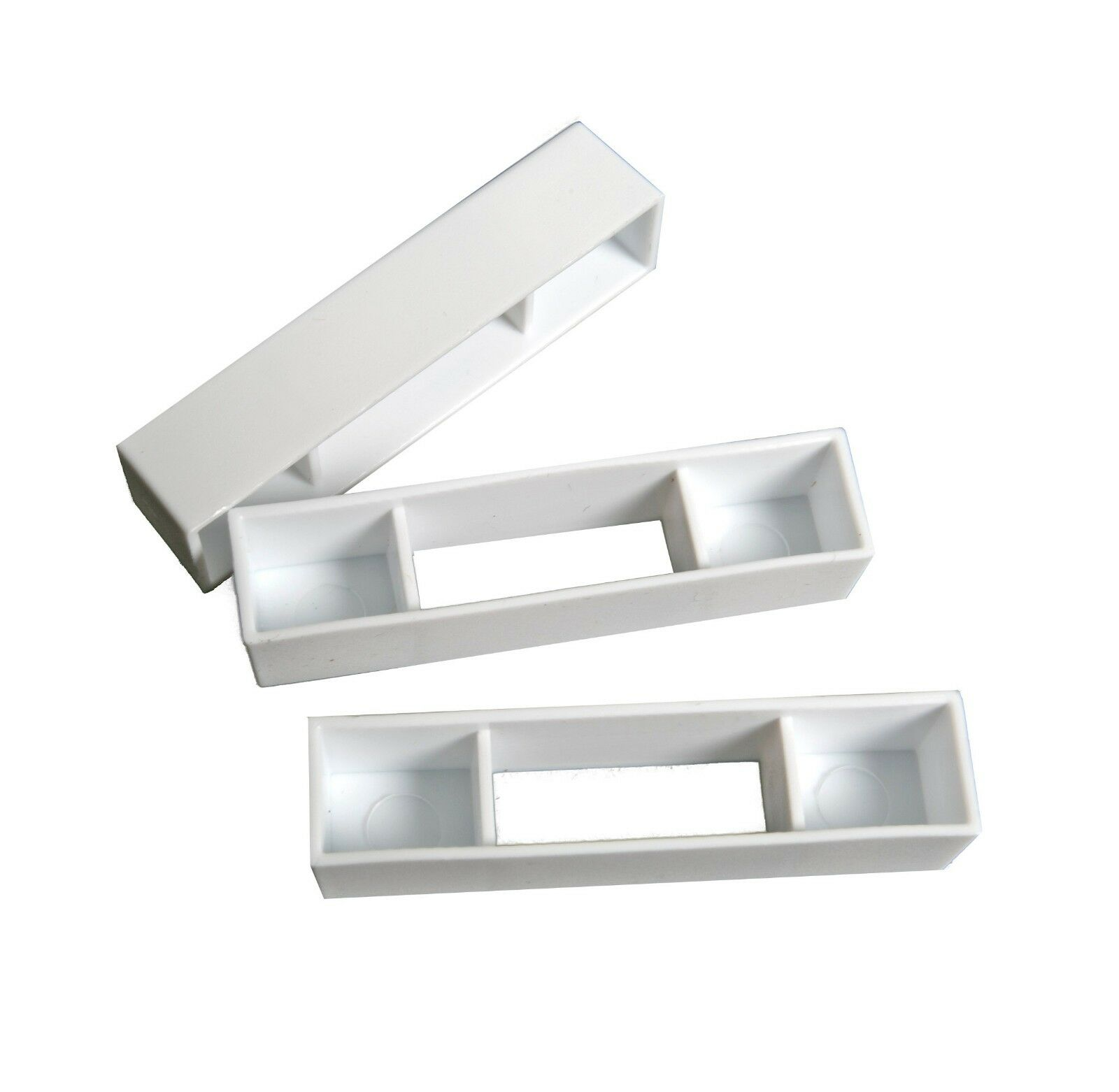 100 Wide beehive plastic frame ends / spacers