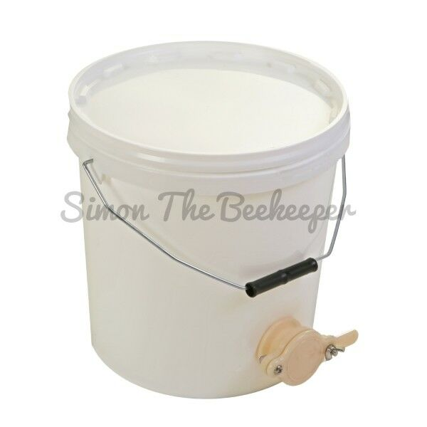 6 x Beekeepers 20 Litre HONEY SETTLING TANKS with valves