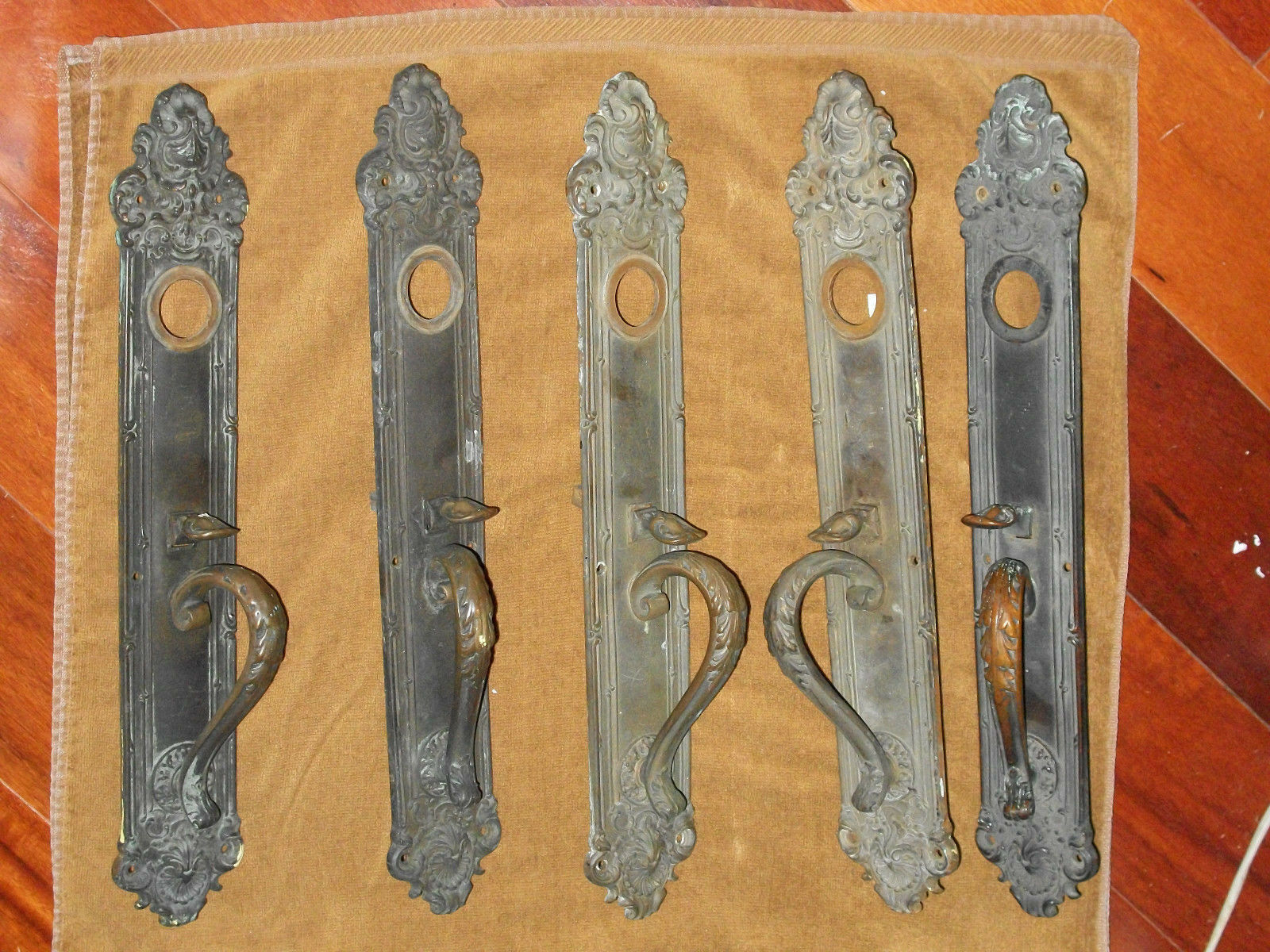 Antique Victorian Era York & Towne Thumb Latch Door plate Stamped 314 Y&T