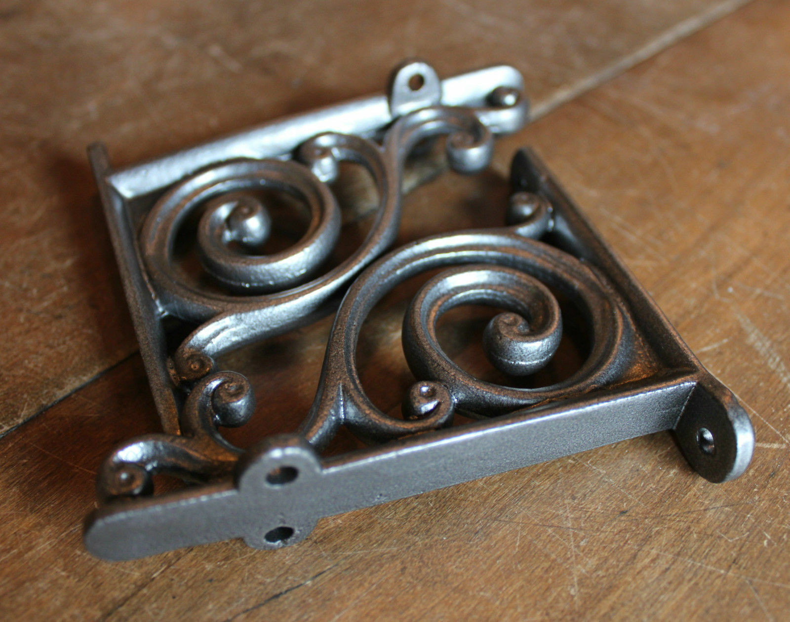 """Pair of 4"""" SMALL ANTIQUE VINTAGE CAST IRON VICTORIAN SHELF WALL BRACKETS BR01px2"""