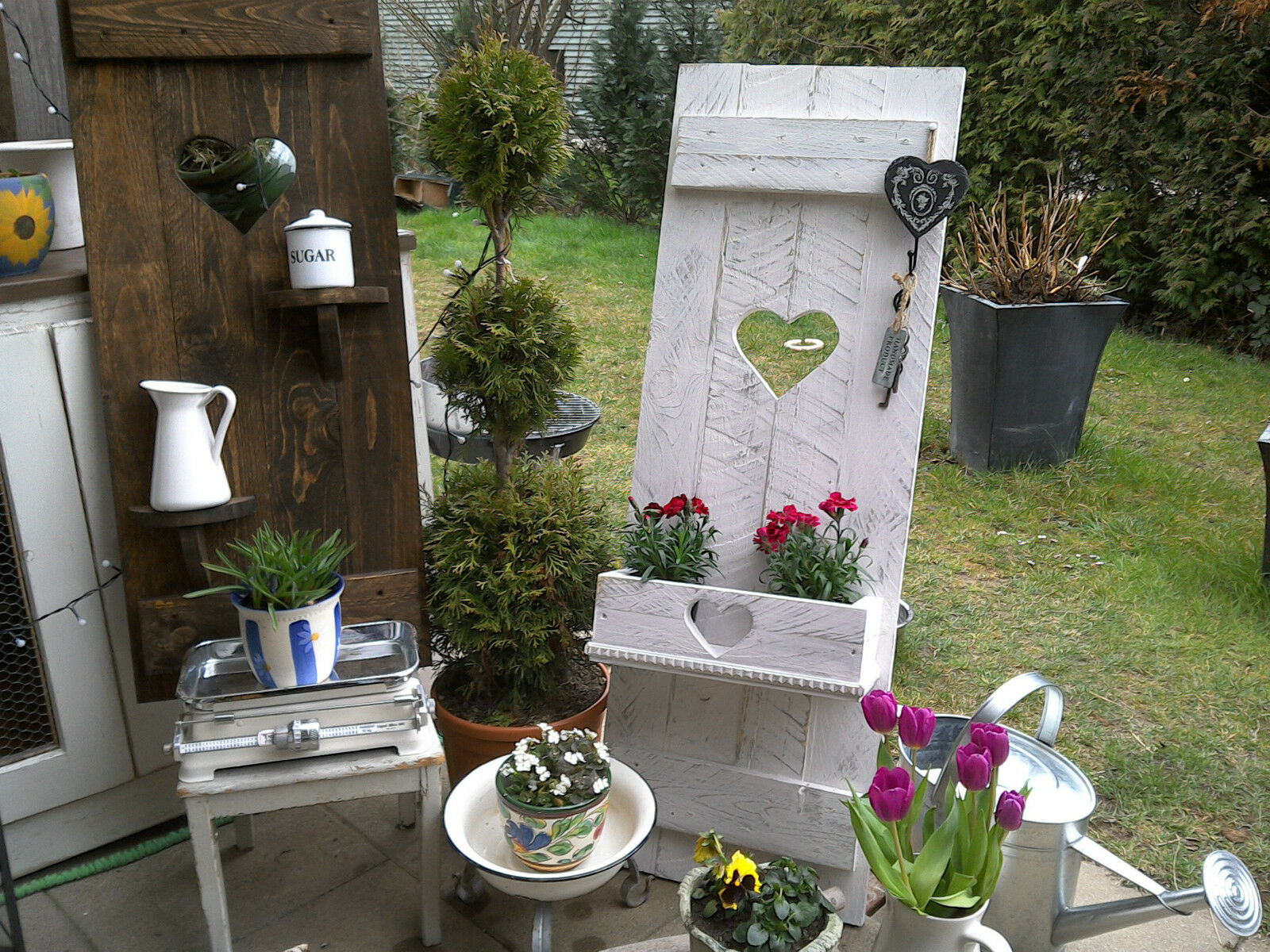 shabby fensterladen herz blumen kasten pflanz kasten garten deko holz massiv eur 84 50. Black Bedroom Furniture Sets. Home Design Ideas