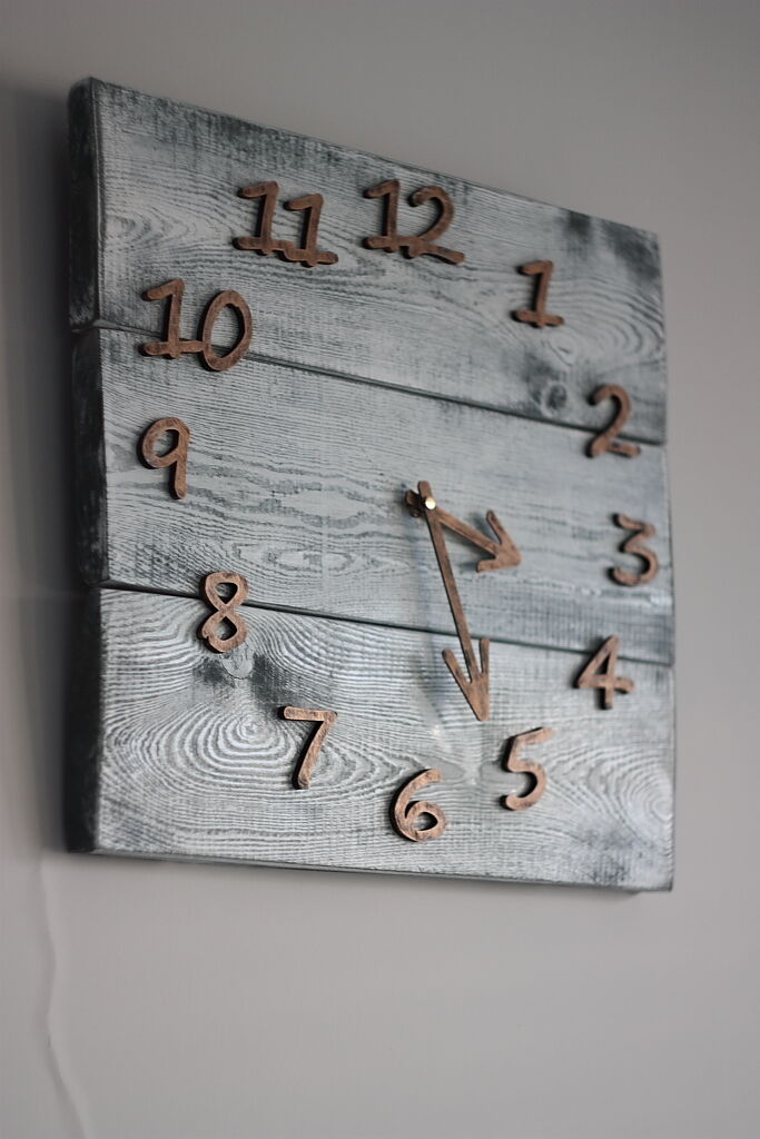 Pallet Wood Wall Clock Art Industrial Style Vintage Rustic Retro Chabby Chic