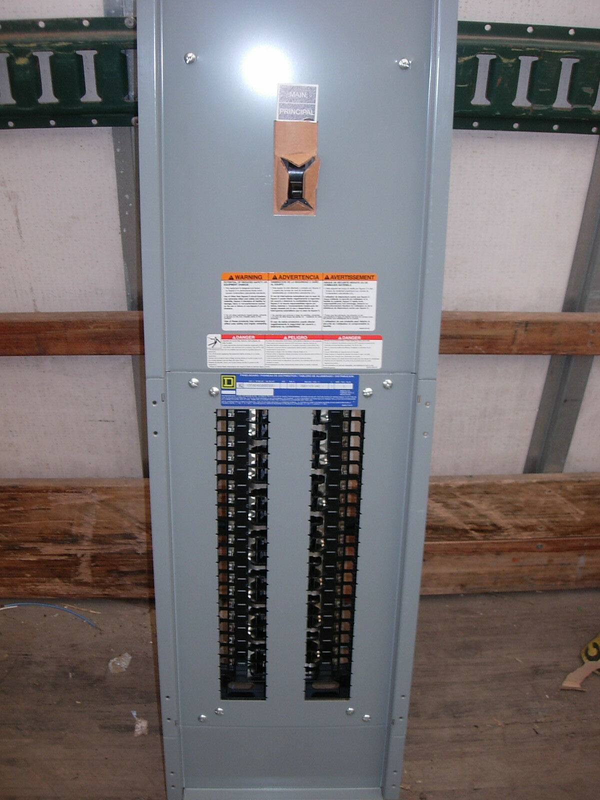 Square D Panel Board 225 Amp Main 4 Wire 208y 120v No Tub Cover Wiring 1 Of 2only Available
