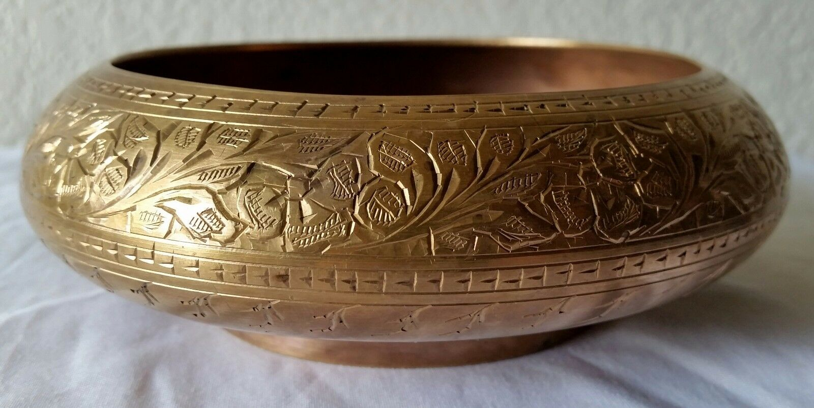 vintage solid gold metal brass ornate bowl etched decor decorations