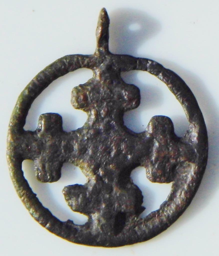 Fine Early Medieval Crusaders Cross in Wheel Ancient Christian Bronze Pendant