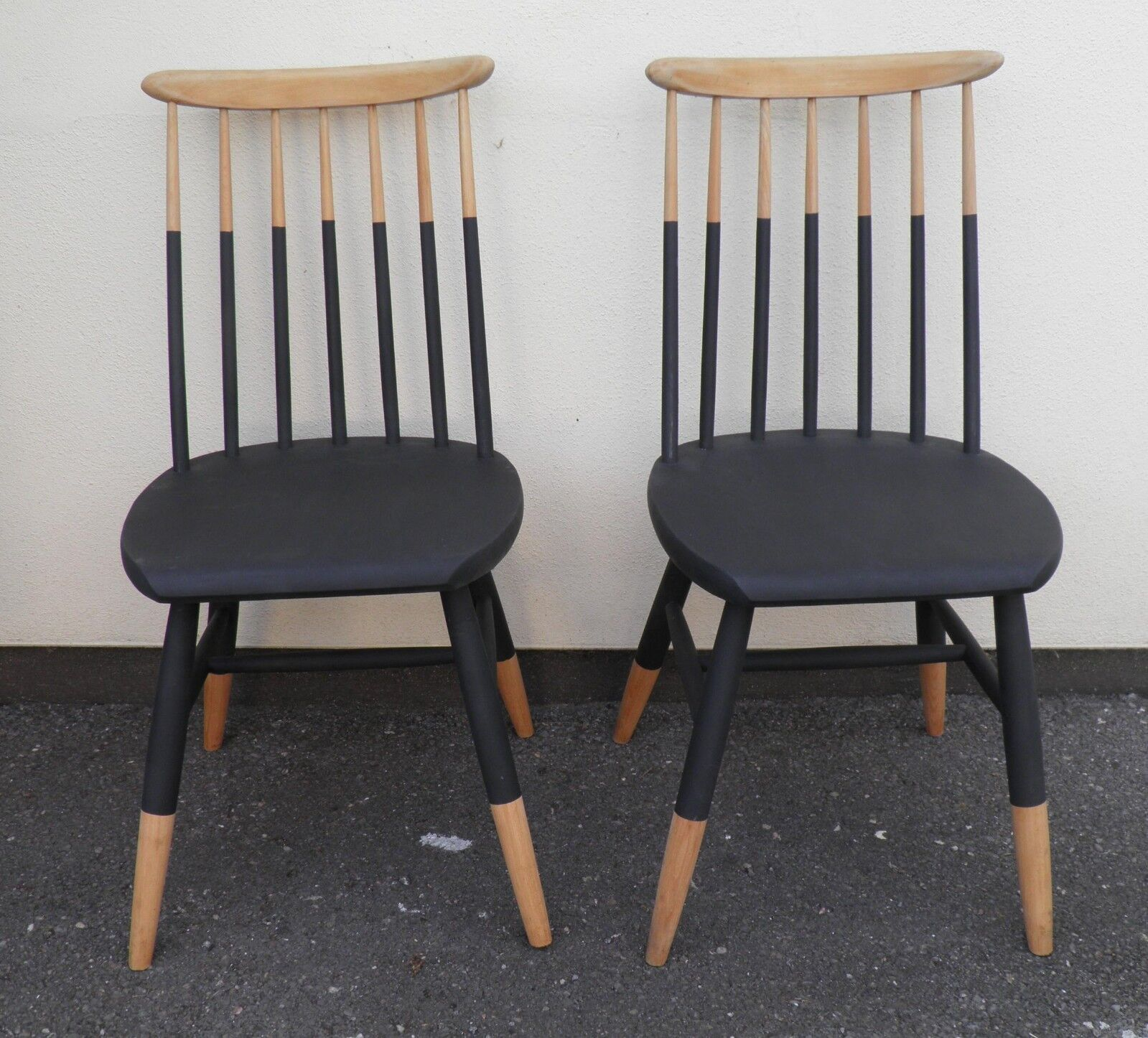 Pair Of Danish Style Kitchen Chairs / Dining Chairs