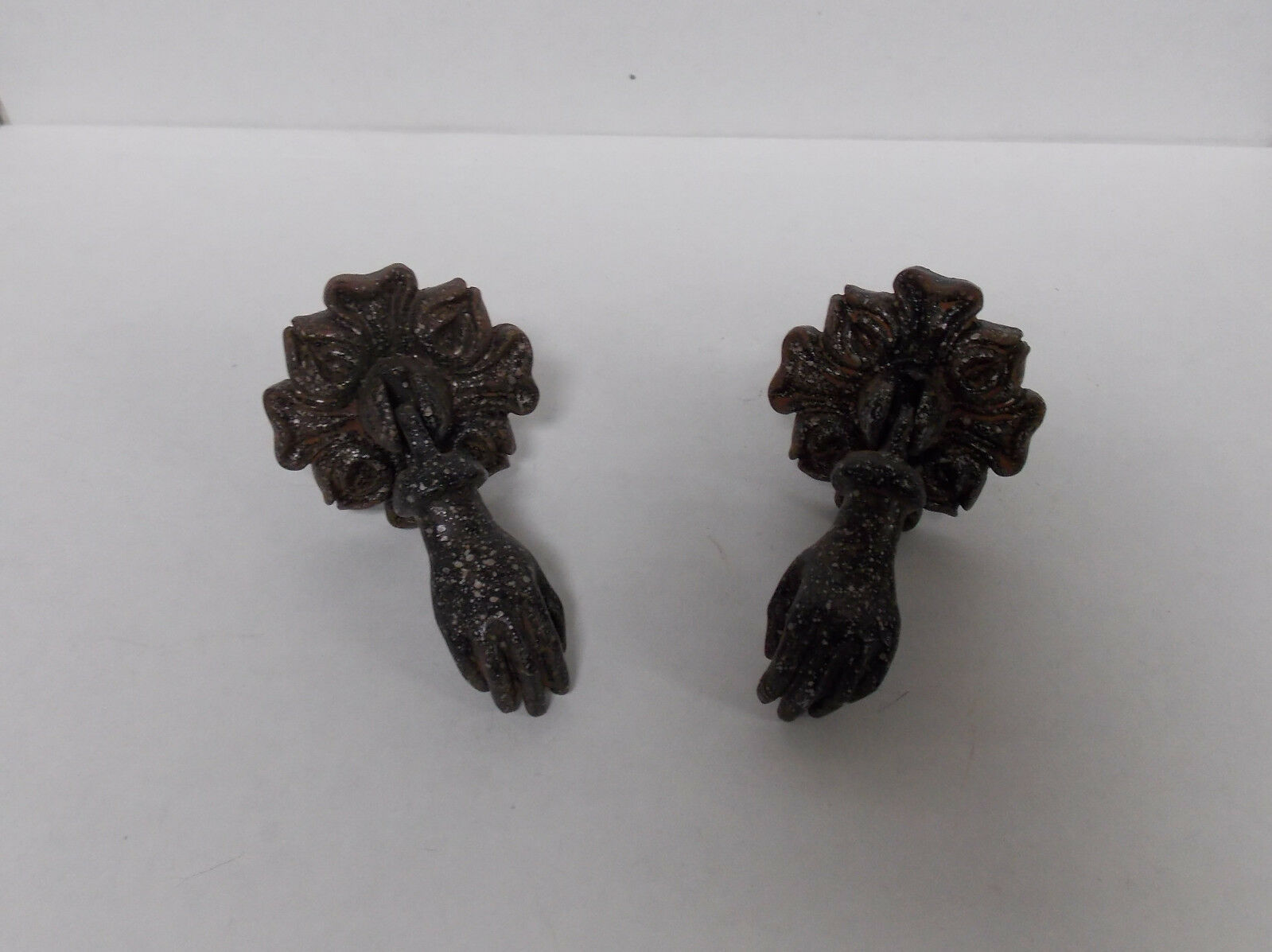2 Vintage Style Hand Holding Ball Cast Pewter Drawer Cabinet Pulls Knobs Hardwar