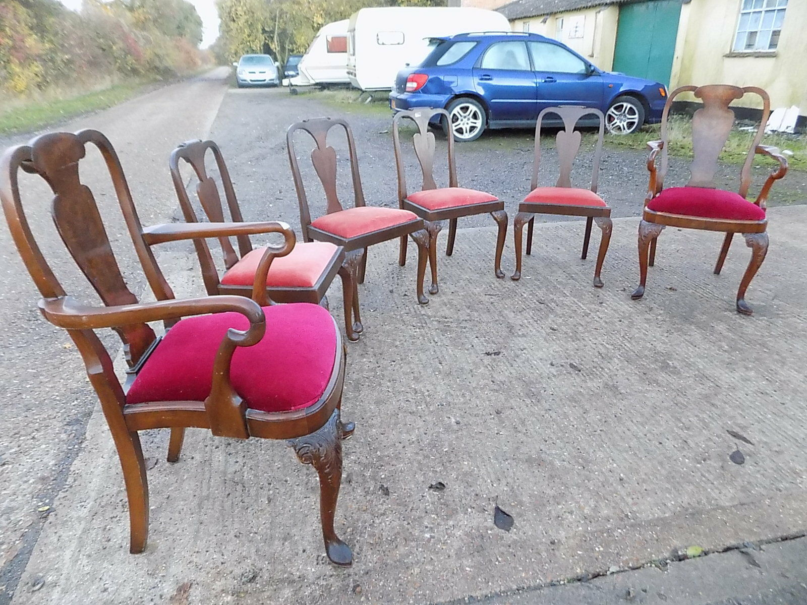 six,queen anne style,dining chairs,cabriole legs,carvers,chairs,dining room,