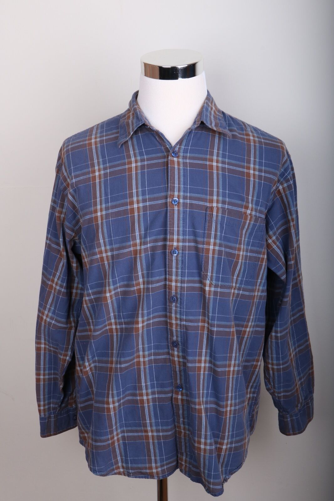 Izod jeans plaid long sleeve button down shirt men 39 s size for Izod button down shirts