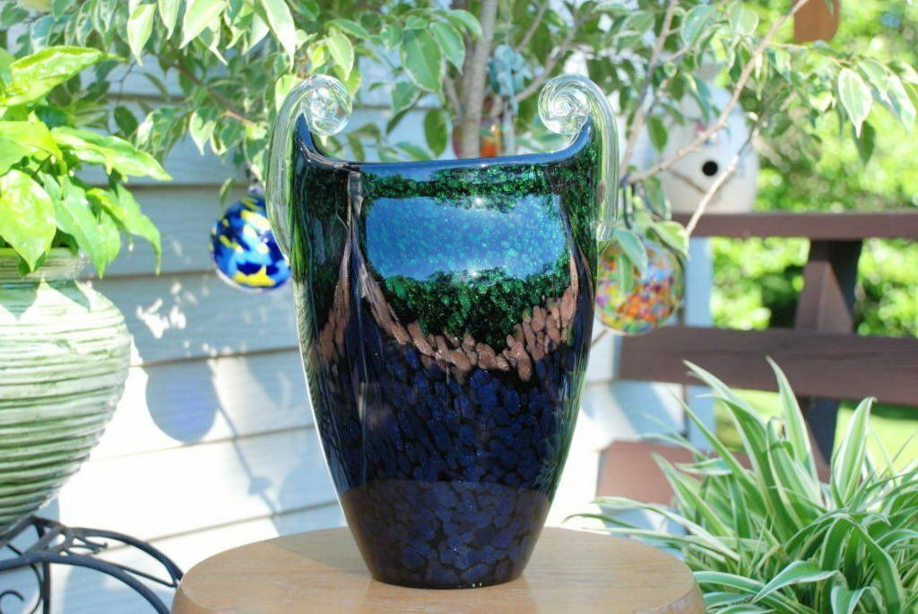 Large Iridescent Vase Dale Tiffany Hand Blown Art Glass 7499