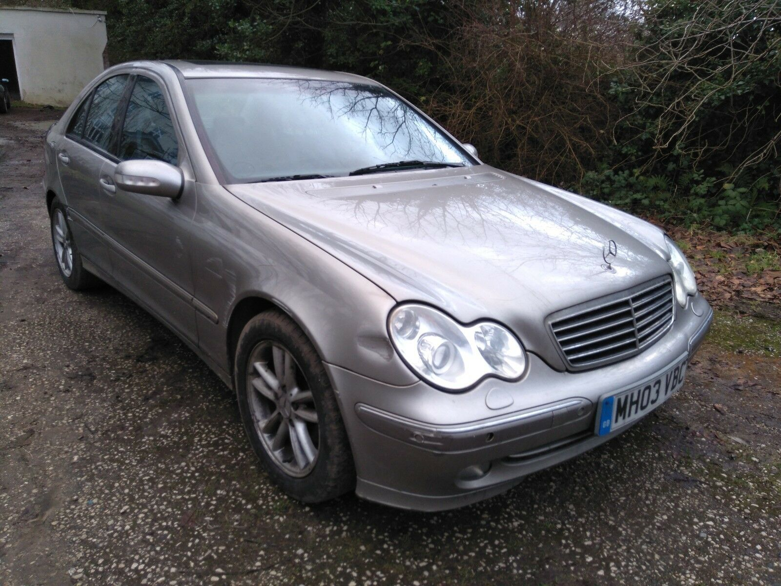 lhd 2003 mercedes c220 cdi avantgarde auto left hand drive spares or repairs 1. Black Bedroom Furniture Sets. Home Design Ideas
