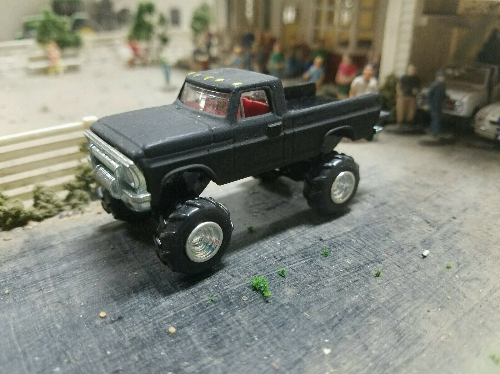 Custom Built Farm1967 70 Ford F250 Truck 164 Scale 4x4 F100 Pickup 1969 Ranger F 250 Dcp Lifted 1 Of 11