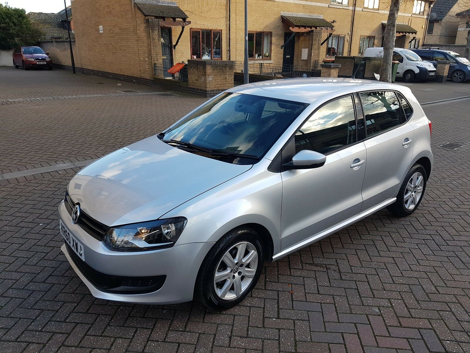 volkswagen polo 2011 1 4 match dsg automatic 5dr 21600 miles 4 picclick uk. Black Bedroom Furniture Sets. Home Design Ideas