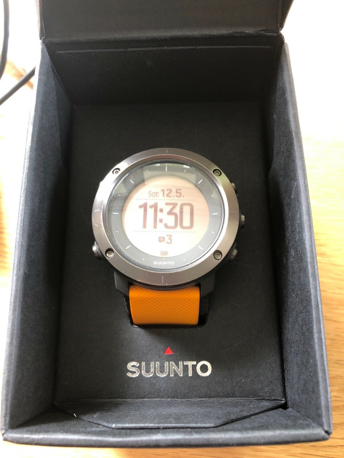 Suunto Traverse Graphite Gps Watch 13055 Picclick Uk Black Outdoor Watches With Glonass 1 Of 3 See More